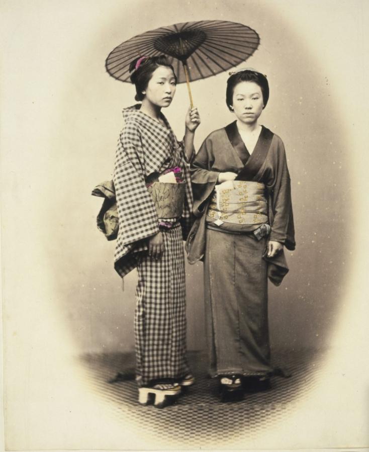 กิโมโน' อันเป็นเอกลักษณ์ของประเทศญี่ปุ่น